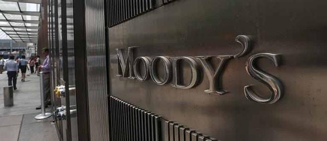 Raport Moody's: Cresterea rapida a salariilor in Romania pune in pericol competitivitatea economica si amplifica deficitul de cont curent