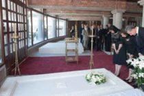 Regele Carol al II-lea va fi inhumat la Curtea de Arges alaturi de tatal sau Ferdinand si fiul sau Regele Mihai