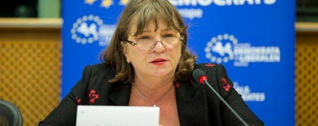 Infertilitatea, incotro? Interviu cu europarlamentarul Norica Nicolai: Lucrurile se misca, dar cu viteza din Romania. In Europa de Vest, asigurarea medicala acopera intre 3 si 6 tratamente FIV
