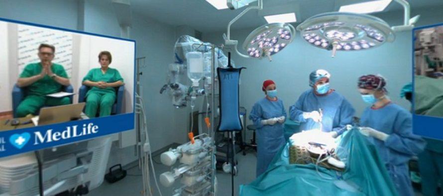 MedLife a transmis in direct prima operatie pe creier din Romania cu ajutorul realitatii virtuale VR 360