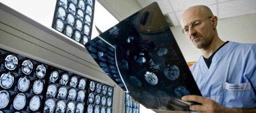 Primul transplant din lume de cap uman a fost efectuat cu succes. Doctorul Canavero: Este pasul final pentru un transplant oficial de cap al unei persoane cu afectiuni