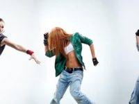 Dansul ne mentine sanatosi fizic si emotional. Psihologul Andra Tanasescu: Dansul incetineste procesul de imbatranire, ne ajuta la digestie si combate depresia
