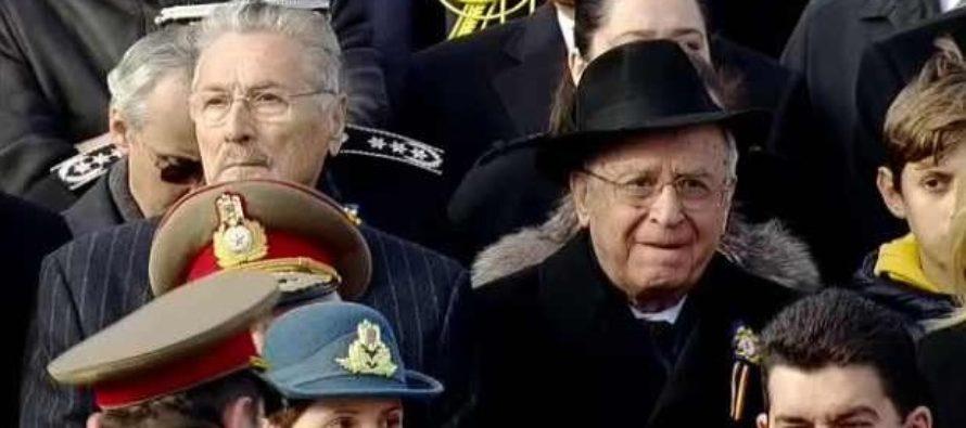 Ion Iliescu nu a participat la parada de Ziua Nationala din cauza unei probleme de sanatate