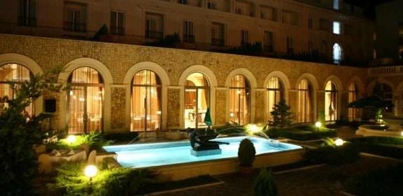 REVELION 2018 LA MARE. Ce oferte au hotelurile din Mamaia, Venus, Eforie Nord sau Mangalia