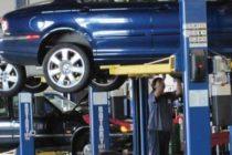 Service-urile auto vor sa angajeze muncitori chinezi din cauza deficitului de forta de munca calificata
