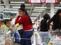 Venezuela are probleme mari. A intrat oficial in hiperinflatie, dupa ce preturile au crescut cu 57% intr-o luna
