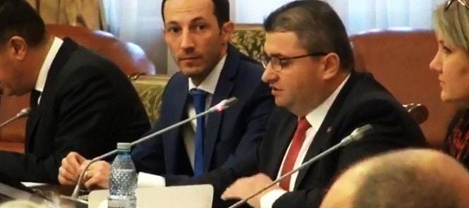 Ministrul propus al Economiei, Danut Andrusca, a reusit cu greu sa exprime cateva idei coerente la audierile din comisiile parlamentare
