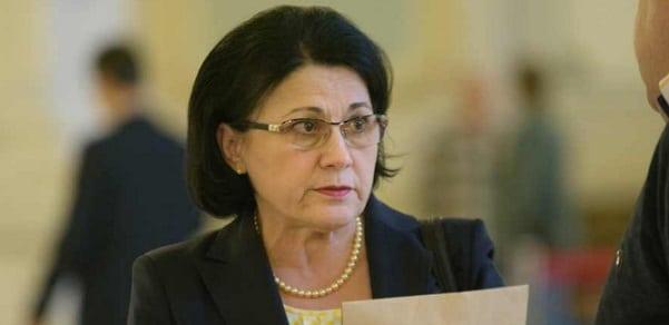 Ecaterina Andronescu: Daca cineva vrea sa arate ca Romania este o tara neguvernabila, trebuie sa isi asume responsalibitatea