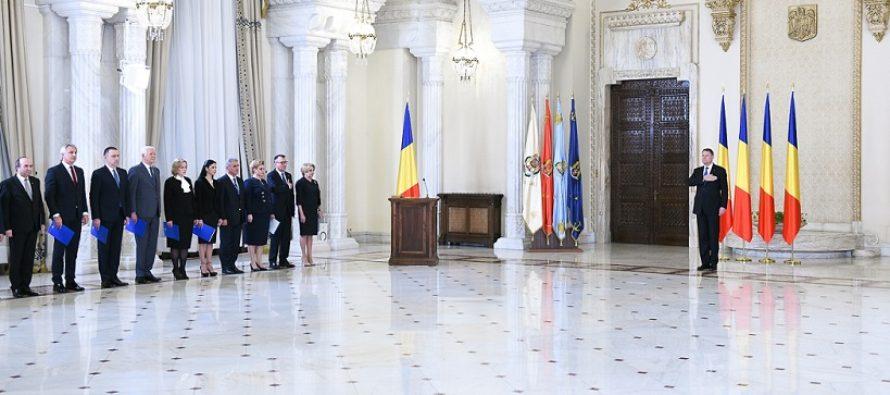 Romania are Guvern! Cabinetul Dancila a depus juramantul la Palatul Cotroceni. Iohannis a criticat primul an de guvernare PSD-ALDE