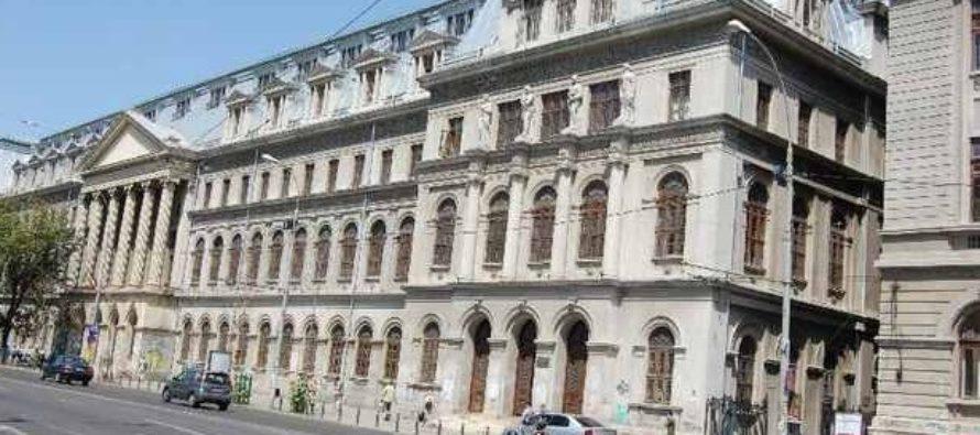 Asistenti si lectori de la Facultatea de Teatru protesteaza dupa ce rectorul UNATC a semnat scrisoarea de sustinere a ministrului Educatiei