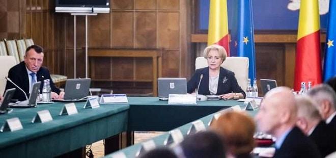 Premierul Dancila: Sunt bani de salarii si pensii. Uitati de Pilonul II, a fost o propunere a Comisie de Prognoza neagreata de Guvern
