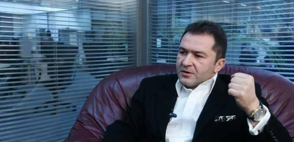 Elan Schwartzenberg: Realitatea TV a fost furata de Cozmin Gusa si Maricel Pacuraru, prin falsificarea semnaturii mele