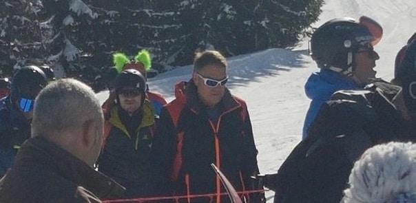 Presedintele Iohannis s-a relaxat la schi in Muntii Sureanu