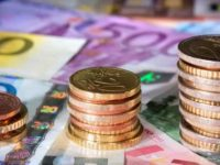 INS: Salariul mediu net a crescut cu 14,3% in iunie, insa castigul real a fost cu doar 8,4% mai mare din cauza inflatiei