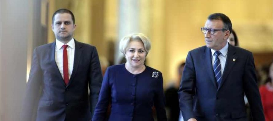 Premierul Dancila se intalneste la Guvern cu ambasadorul SUA la Bucuresti, Hans Klemm