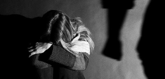 Modificari la Legea privind violenta in familie. Guvernul introduce ordinul de protectie provizoriu
