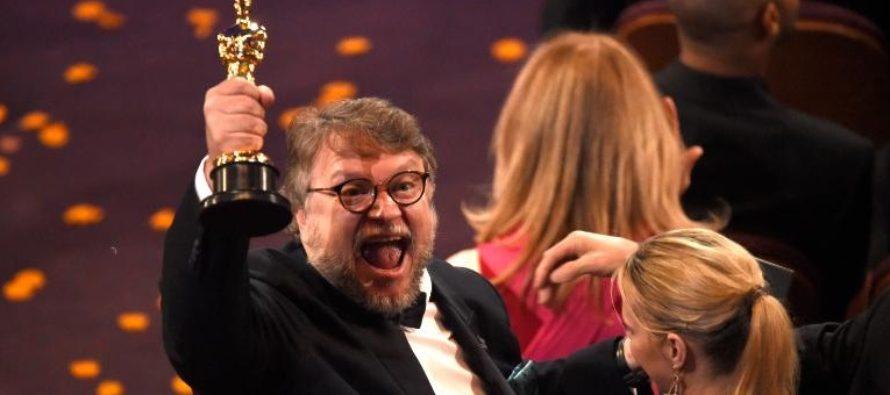 """CASTIGATORI OSCAR 2018. """"The Shape of Water"""" in regia lui Guillermo del Toro, recompensat cu patru trofee de Academia Americana de Film. Lista castigatorilor premiilor Oscar"""