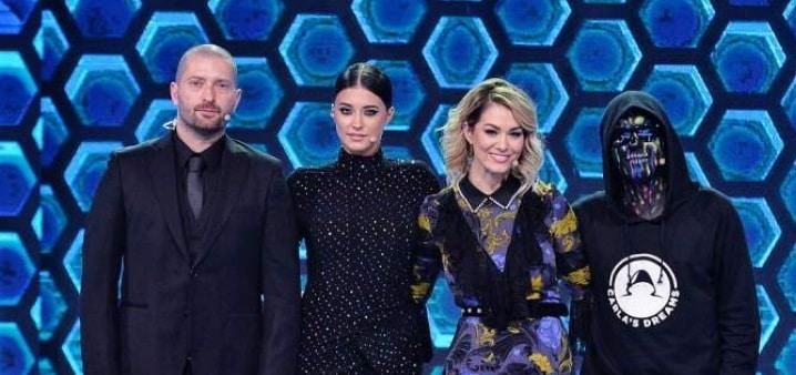 """""""THE FOUR - CEI 4"""", din 31 martie la Antena 1. Cheloo, Feli, Carla's Dreams si Antonia fac parte din juriu. Castigatorul The Four trebuie sa fie mai bun ca juratii!"""