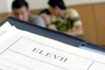 """Elevii ii solicita premierului Dancila sa-si ceara scuze pentru declaratia """"Nu suntem la scoala ca sa vina domnul profesor si sa ia elevii de urechi"""""""