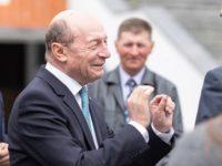 Basescu se va retrage, sambata, de la conducerea PMP. In cursa pentru sefia partidului este un singur candidat: Eugen Tomac