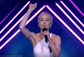 Incident la Eurovision 2018 cu reprezentanta Marii Britanii. VIDEO