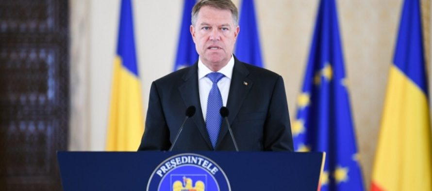 """Presedintele Iohannis a tras un semnal de alarma in privinta """"fenomenului fake news"""" si a """"populismului"""" din Romania"""