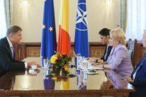 Presedintele Iohannis o reclama pe Viorica Dancila la CCR, semnaland un conflict juridic: Premierul si-a arogat atributiile presedintelui