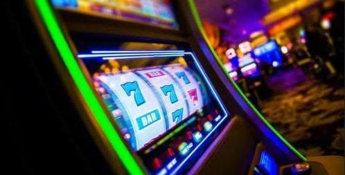 De ce sa joci pacanele gratis: Top avantaje atunci cand joci sloturi de placere!