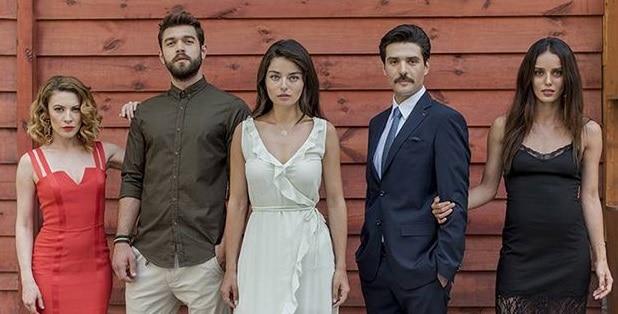 MERYEM, un nou serial turcesc la Kanal D. Povestea frumoasei Meryem (Ayca Aysin Turan), femeia care isi asuma o crima in numele iubirii