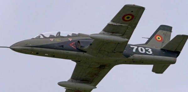 Accident aviatic in judetul Bacau. Un avion militar de instructie IAR 99 Soim s-a prabusit langa localitatea Nicolae Balcescu