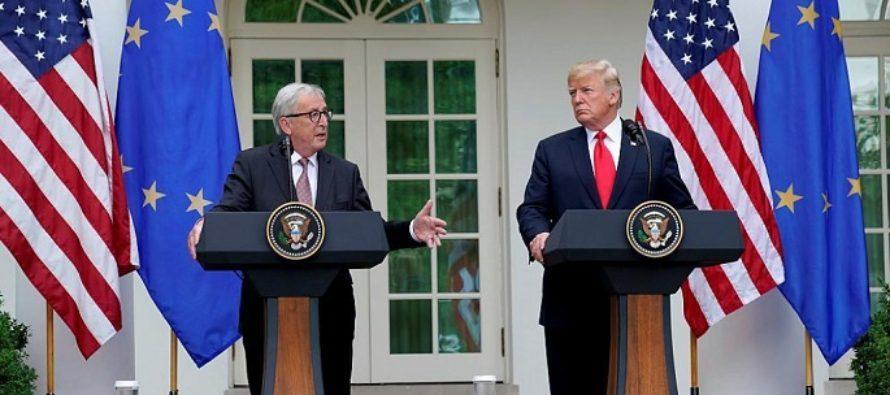 Donald Trump si Jean Claude Juncker semneaza un armistitiu comercial SUA – UE. Relatia dintre cele doua puteri a intrat intr-o noua faza