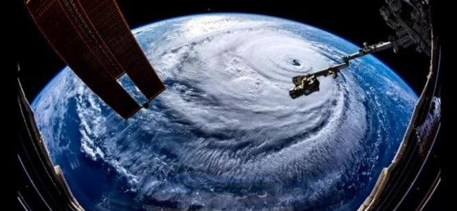 Uraganul Florence a lovit statele de pe coasta de est a SUA: Cel putin 4 morti si peste 800.000 de locuinte fara curent electric
