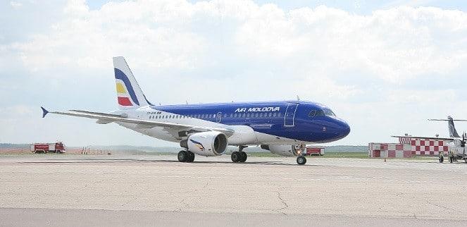 Air Moldova este cumparata de Civil Aviation Group, din care face parte operatorul aerian roman Blue Air