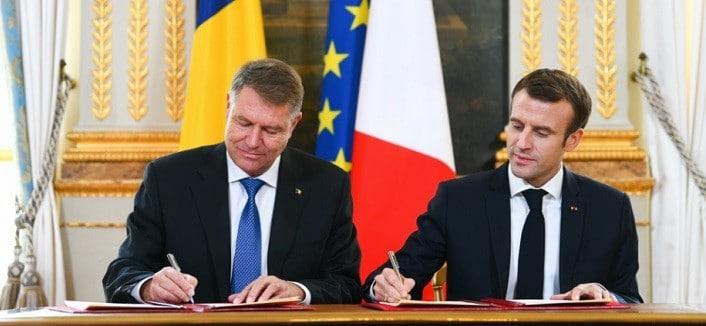Sezonul cultural Romania - Franta a fost inaugurat la Paris de presedintele Iohannis si Emmanuel Macron. La 100 de ani de la Marea Unire, cele doua tari sunt tot impreuna!