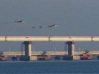 Manevre militare in Marea Neagra cu nave si avioane din dotarea Flotei ruse