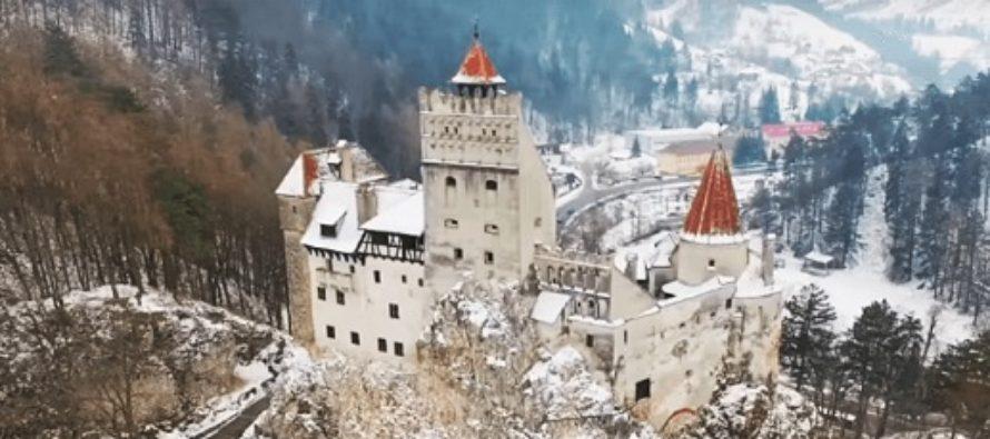 Castelul Bran poate fi vizitat si de Craciun si Anul Nou dupa un program anuntat de administratia obiectivului turistic