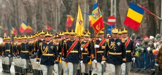 La Multi Ani, Romania! Mii de oameni au participat la parada militara organizata la Arcul de Triumf