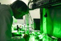 Laserul de la Magurele a atins cea mai mare putere din lume, a zecea parte din intreaga putere a Soarelui pe Pamant