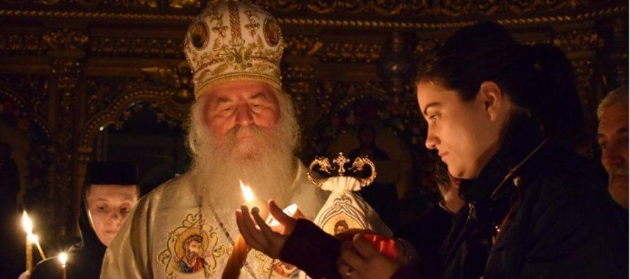 In Ziua Invierii, Hristos semneaza in numele tau contractul vesniciei, a spus in noaptea de Pasti Mitropolitul Ioan al Banatului