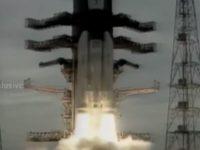 India a lansat cu succes un al doilea modul spatial catre Luna. Agentia spatiala indiana vrea sa plaseze un rover in regiunea polara sudica a Lunii