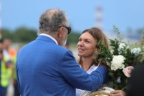 """Simona Halep, decorata de presedintele Iohannis cu Ordinul National """"Steaua Romaniei"""" in grad de Cavaler"""