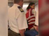 Momente de panica intr-un avion TAROM cu destinatia Cairo. O familie din Maroc a fost evacuata pentru deranjarea ordinii publice