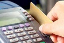 Platile cu cardul la magazin sau pe internet se schimba. Care sunt noile reguli valabile in toata Europa incepand de sambata