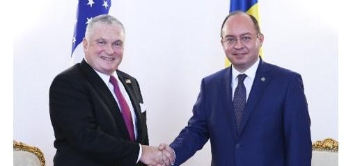 Adrian Zuckerman, noul ambasador SUA la Bucuresti, a discutat cu ministrul roman de Externe