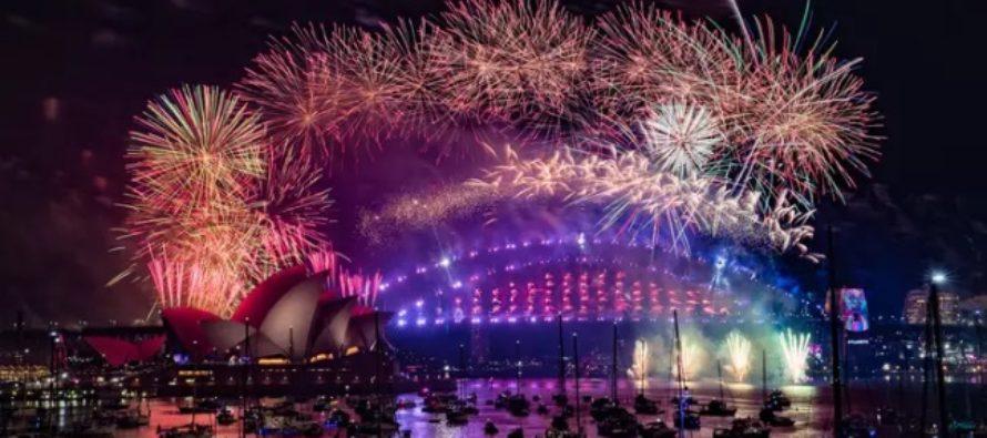 Anul Nou 2020, intampinat cu focuri de artificii spectaculoase in Noua Zeelanda, Australia si Orientul Indepartat