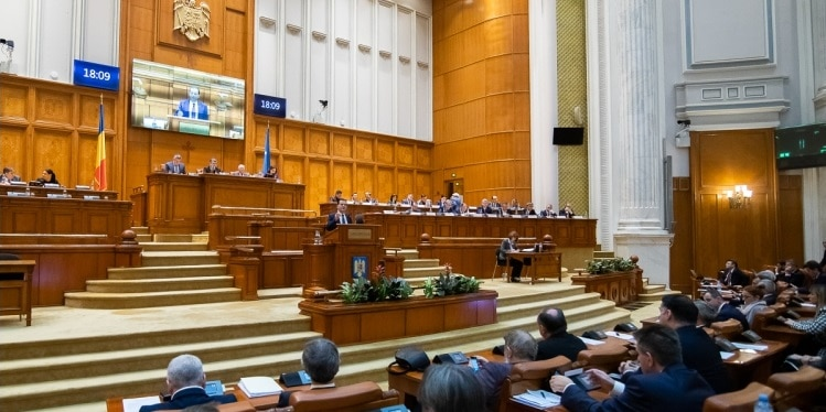 PNL ar putea convoca Parlamentul pentru legea prin care se revine la alegerea primarilor in doua tururi de scrutin