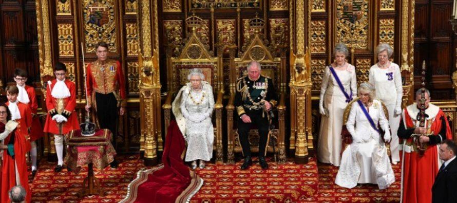 Discursul Reginei Elisabeta a II-a in noul Parlament al Marii Britanii. Boris Johnson are mesaje diferite pentru eurosceptici si proeuropeni. UPDATE