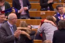 Parlamentul European a votat acordul de retragere a Marii Britanii din Uniunea Europeana