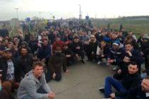 Mai multi romani sunt blocati la granita dintre Austria si Ungaria. Ministerul roman de Externe a luat masuri urgente
