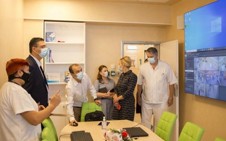 Sectia de Neonatologie de la Spitalul Judetean Constanta a fost complet modernizata si dotata cu echipamente medicale, se asteapta autorizatia de functionare